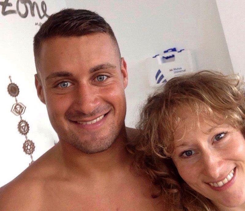 Yumar y Libby en Pure Yoga Canarias